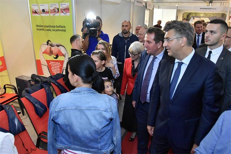 Plenković u Krapinsko zagorskoj županiji: Ovdje vidimo poduzetni duh Hrvatskog zagorja