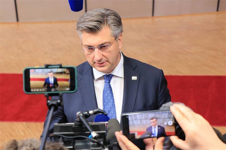 Hrvatska ima argumente da barem dvije financijske perspektive bude tretirana kao zemlje koje su bile i duže