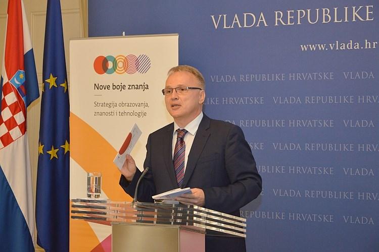 http://hrvatskifokus-2021.ga/wp-content/uploads/2017/02/vlada.gov_.hr_userdocsimages__Vijesti_2015_rujan_8-rujna_Budak.jpg