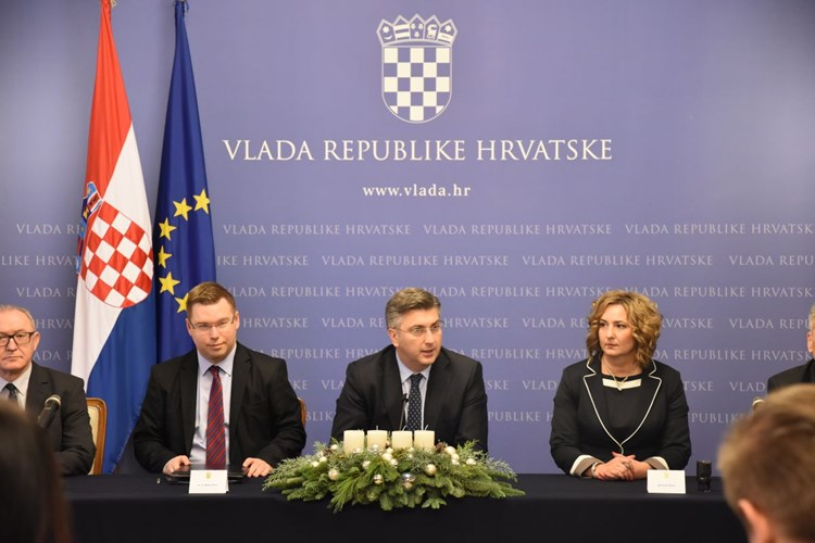 Government Of The Republic Of Croatia Collective Agreement For