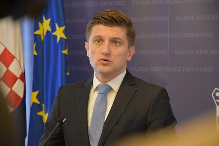 Ministar Marić je kriv zato što je uspješan